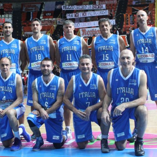 AAA.R,Calabria=Nazionale Over